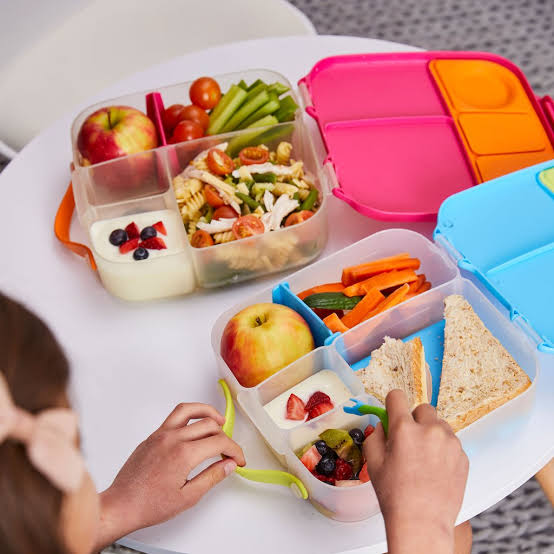 Mikki and me - kids lunchboxes
